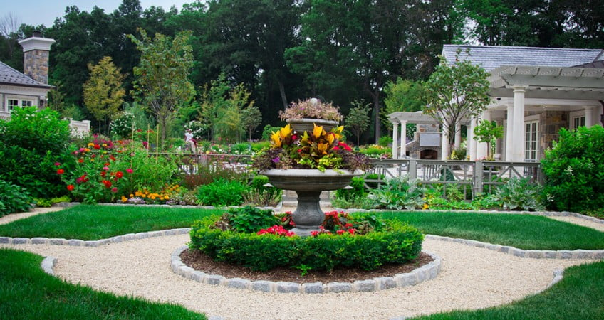 Landscape architect nj design build high tech landscapes for Residential landscaping