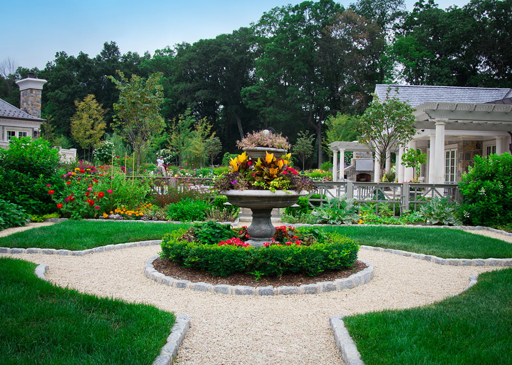Landscape architect nj design build high tech landscapes for Garden landscaping services