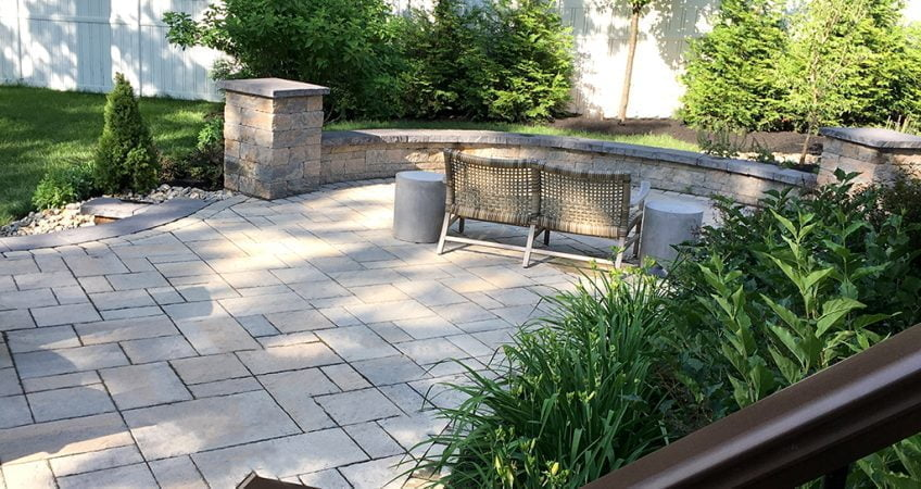 HighTech Landscapes Retaining Wall